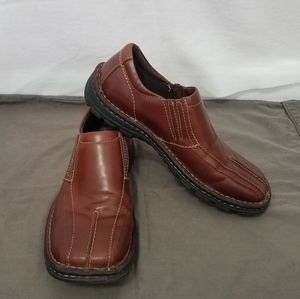 GBX leather slip on loafer